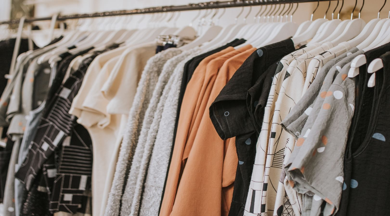 Cheapest Way to Ship Clothes: How to Mail Apparel