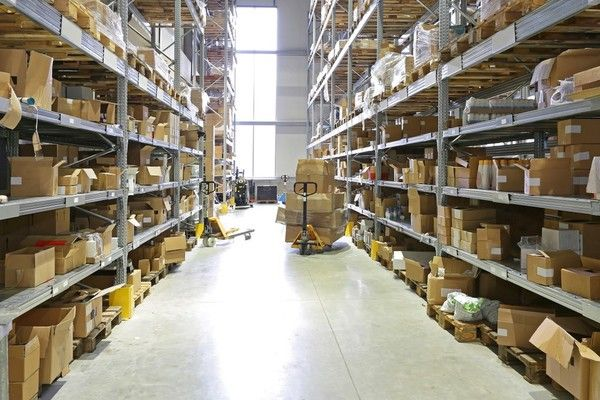 Warehouse with a Disorganized Fulfillment Process