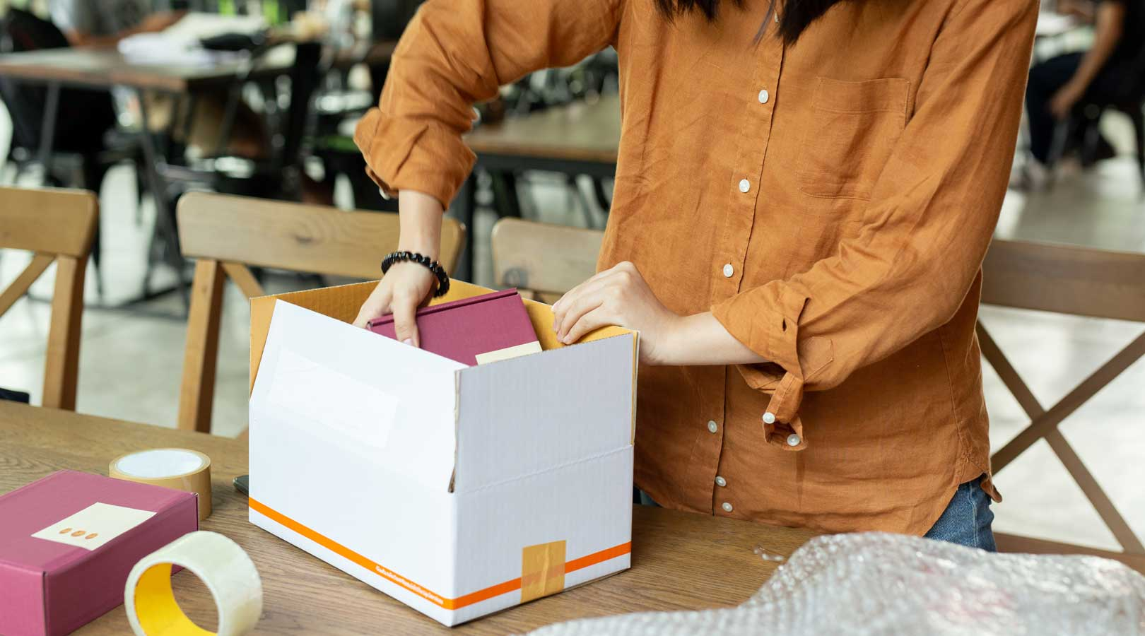Shipping Small Items? Here are the Cheapest Options