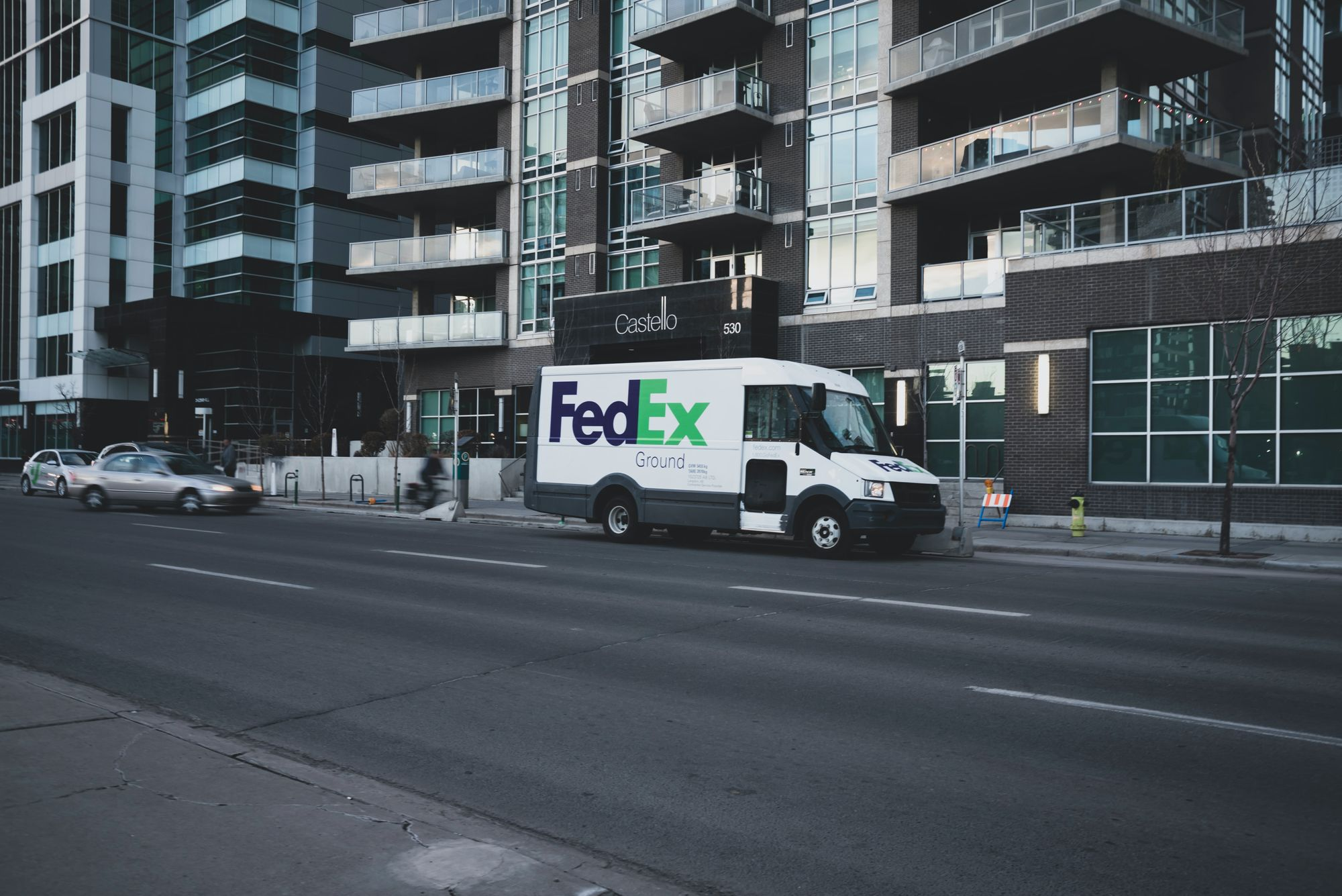 FedEx package tracking